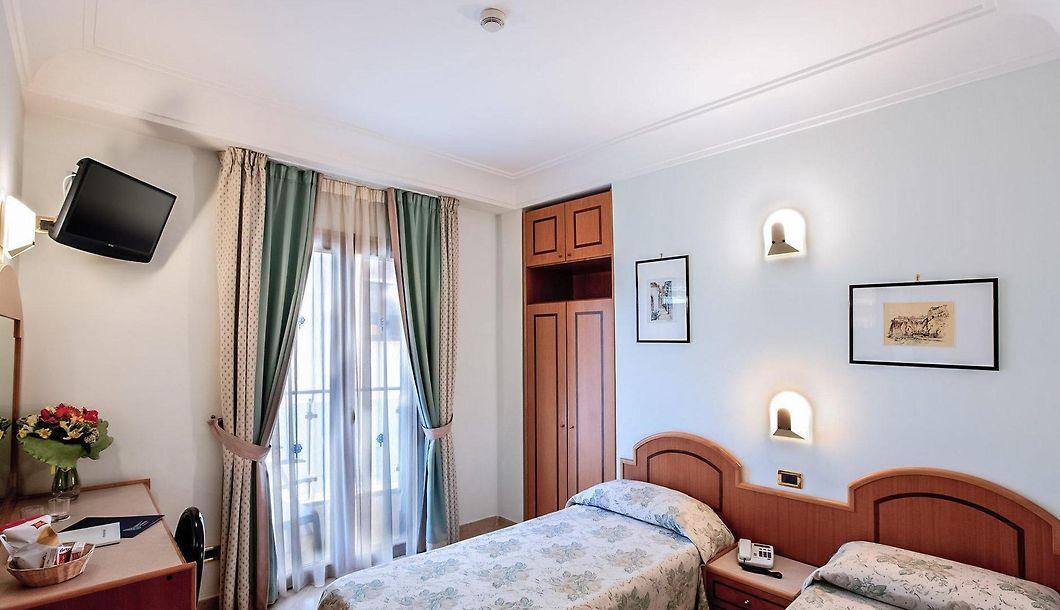 Comfort Hotel Gardenia Sorrento Coast Sorrent | Günstig buchen und ...
